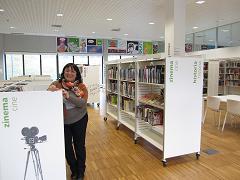 Isabel Vesga liburutegiko arduraduna , Intxaurrondo Berri, San sebastián, red de bibliotecas