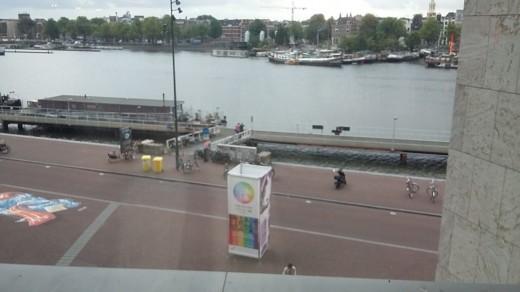 Vista de Amsterdam desde la escalinata de la biblioteca