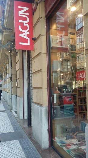 Librería lagun Donostian