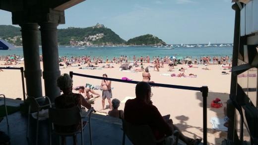 Eguzkiteka uztailak 18an, biblioteca de la Playa de la Concha